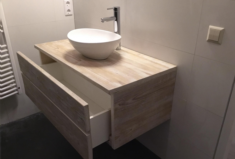 wijerswerk-badkamermeubel-steigerhout