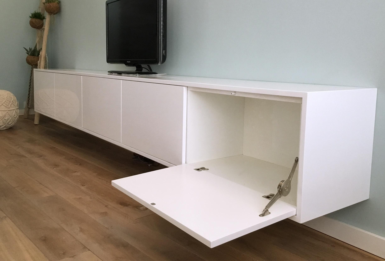 wijerswerk-tv-meubel-hoogglans-klep